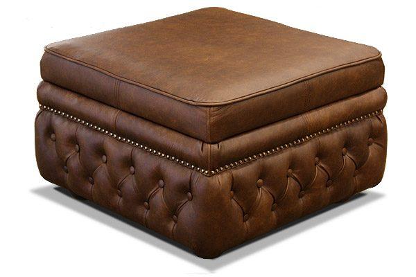 пуфик кожаный в классическом стиле