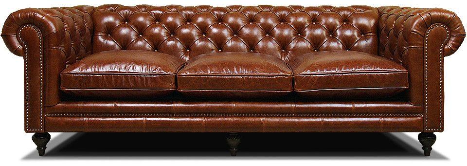 трехместный диван в английском стиле на ножках