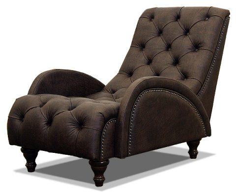 кожаное кресло с каретной стяжкой на ножках